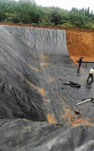 包头市水库复合土布膜施工案例